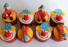 Clown Party, Circus Carnival Party, Circus Theme Party, Carnival Birthday Parties, Circus Birthday, 2nd Birthday, Cupcakes Circo, Circus Cupcakes, Themed Cupcakes