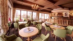 Halle, Hotels, Table Decorations, Business, Design, Furniture, Home Decor, Remodels, Decoration Home