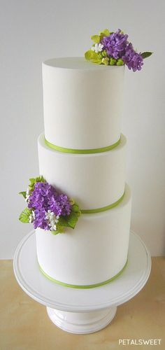 Lilac wedding cake by Petalsweet. Floral Wedding Cakes, Lilac Wedding, Elegant Wedding Cakes, Wedding Cakes With Flowers, Beautiful Wedding Cakes, Gorgeous Cakes, Amazing Cakes, Elegant Cakes, Fondant Cake Designs