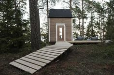 Maximized Space in 100 Square Foot Nido Cabin This tiny cabin space in Finland offers up a whole lot of creativity and style by designer Robin Falck. The Helinski dweller set out to create a cabin. Green Architecture, Sustainable Architecture, Architecture Design, Cabin Design, Small House Design, Tiny House Talk, Cabin In The Woods, Wooden Cabins, Wooden House