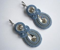 jewelry by wanting Bridal Earrings, Tassel Earrings, Shibori, Handmade Necklaces, Handmade Jewelry, Soutache Necklace, Earring Tutorial, Small Earrings, Jewelry Crafts