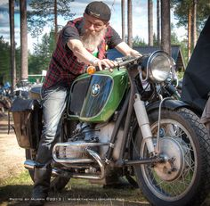 Arvid Solli and his 1956 BMW R60 with a Hoske 33 liter tank.
