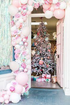 christmas candyland party via LaurenConrad.com