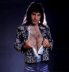 Freddie <3 <3