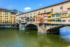 Famous bridge Ponte Vecchio |© Kiev.Victor/Shutterstock