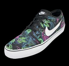 newest 11b30 efaf1 NIKE TOKI LOW  TROPICAL  - Foot Locker