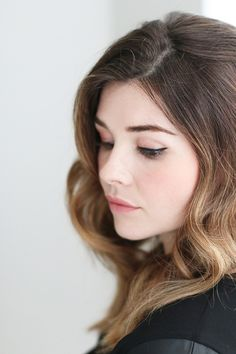 Step-by-step tutorial to get the perfect cat eye flick   theglitterguide.com