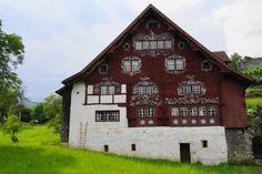Schlangenhaus Werdenberg / house in Werdenberg by Christian Vetsch on 500px