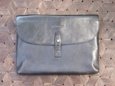 Jeff Thomsen Collection - Tablet and Document Cases, hand crafted, genuine leather - DOC004 Black Two tone with a nice shine
