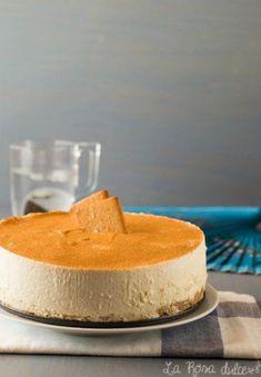 Receta de tarta mousse de crema con galletas de canela