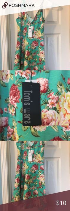 NWT! Very pretty floral dress for spring! NWT floral dress 👗 sleeveless. This skater style dress is perfect for spring and summer. Make me an offer! toms ware Dresses