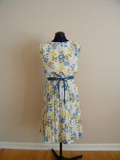 Vintage 1960s Floral Dress / Pleated by ThriftyVintageKitten, $65.00