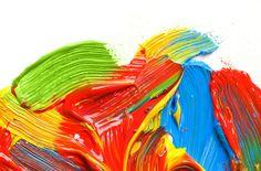 Colori e marketing, qual e' la relazione? - Esiste una relazione fra il marketing e i colori? Sì, esiste. Ed è molto forte. Perché i colori sono percepiti dal nostro cervello e stimolano specifiche emozioni e stati d'animo.