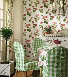 Modern Interior Decorating Ideas Enhancing Country Style Decor with Vichy Check Fabric Patterns – DECOR FOR ALL Interior Styles, Home Decor Ideas, Decorating Themes Distressed Furniture, Rustic Furniture, Handmade Furniture, Pallet Furniture, Furniture Design, Rideaux Design, Modern Interior, Interior Design, Slipcovers For Chairs