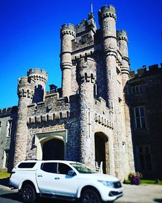 H E N S O L  Oh Hensol Castle you are soooo beautiful  First delivery of the weekend complete now off to complete this week's other wedding cakes  Have a great day x  #weddingcakes #weddingseason #cake #southwalesweddings #southwalescakes #hensolcastle #hensol #VCBBRIDES #vcbevents #VCB