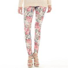Pimkie.fr : Confortable et trendy, on craque pour ce jean flowers power à porter avec du vert aqua.