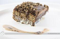 Receita de uma maravilhoso Pavê de Bis com cobertura de Ganachê de chocolate meio amargo.
