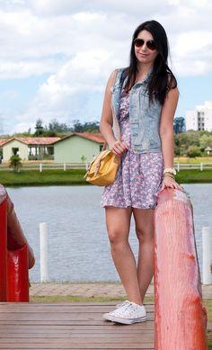 look_dia_vestido_colete_jeans_all_star_borboletas_na_carteira2