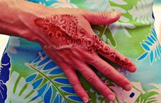 Henna stain by Henna Bee, via Flickr