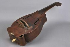 vielle à roue - 3e quart 18e siècle