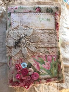 Journal Sample, Art Journal Pages, Junk Journal, Art Journaling, Fabric Books, Fabric Journals, Fabric Yarn, Sewing Crafts, Sewing Projects