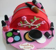 Torta boso de maquillaje. Que lo disfruten! (Make Up Bag Cake. Enjoy!)