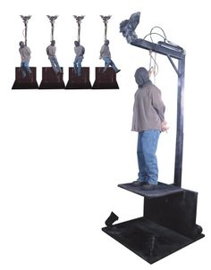 The gallows hanging man animated halloween haunted house prop WATCH VIDEO Outdoor Halloween, Halloween Diy, Halloween Decorations, Halloween Stuff, Haunted House Props, Halloween Haunted Houses, Pirate Symbols, Ghost Light, Gallows