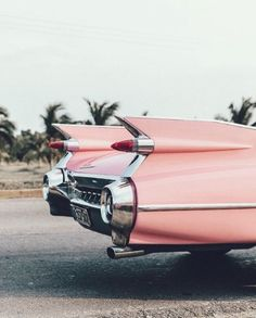 Cool car more wallpaper iphone vintage, pink retro wallpaper, pinky wallpaper, cool wallpapers Vintage Cars, Retro Vintage, Retro Cars, Hipster Vintage, Style Hipster, Vintage Design, 50s Cars, Aesthetic Vintage, 90s Aesthetic