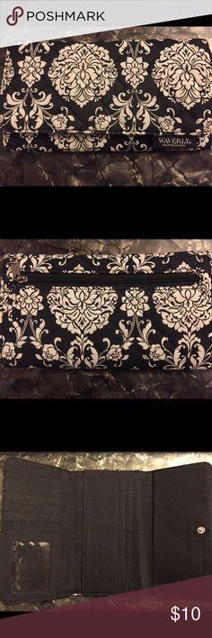 Pretty Waverly Inspirations Tri-Fold Wallet Waverly Inspirations Wallet Waverly Inspirations Bags Wallets