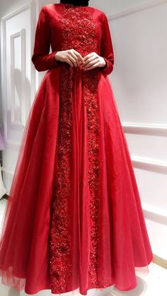 Muslim Fashion, Modest Fashion, Hijab Fashion, Fashion Dresses, Tulle Lace, Tulle Dress, Mode Simple, Hijab Style, Prom Dresses Long With Sleeves