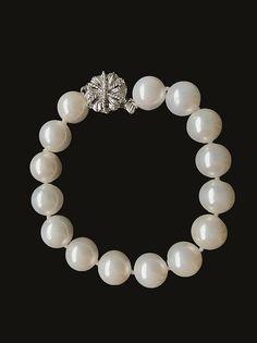 Newbridge Pearl Bracelet 12mm Irish Jewelry, Claddagh, Pearl Bracelet, Boutique, Pearls, Bracelets, Gifts, Presents, Beads