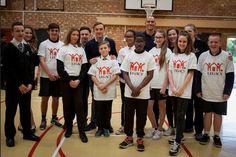 Football Stars Visit Houghton Regis Kingsland Development