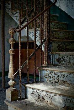 Unique...ces escaliers...
