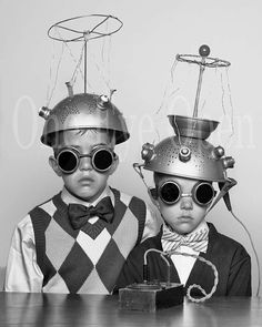 Étrange espace enfants Reproduction Vintage photo 8 par oneeyeopen