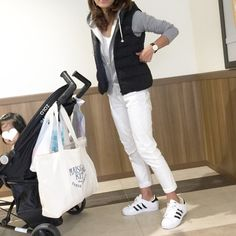 楽ちんセットアップにUNIQLOダウンベスト♪嬉しかったこと♡ の画像|*** あやのハピログ *** Denim Fashion, Girl Fashion, Fashion Outfits, Womens Fashion, Surf Girl Style, Tokyo Street Style, Korean Fashion Trends, Japan Fashion, Comfortable Fashion