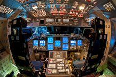 Cabina de mando de la aeronave espacial Endeavour