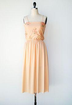 Carol! ? vintage 1970s peach coral blouson sundress