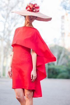 Invitadas elegantes... ¡y con capa!   AtodoConfetti - Blog de BODAS y FIESTAS llenas de confetti