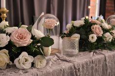 Wesele Piękna i Bestia Wedding Beauty, Beauty And The Beast, Table Decorations, Furniture, Home Decor, Beast, Decoration Home, Room Decor, Home Furnishings