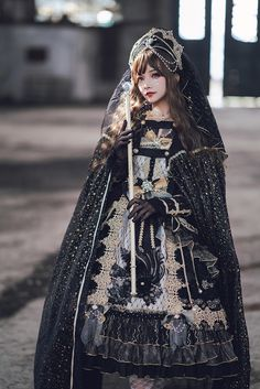 Arcadian Deer -Nightmare at Daybreak- Classic Gothic Lolita OP Dress (NOTE: Will Be Ready For Shipping in December! Big Fashion, Asian Fashion, Fashion Design, Ladies Fashion, Fashion Trends, Fashion Usa, Punk Fashion, Dress Fashion, Fashion Online