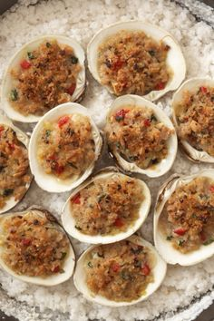 Rocco DiSpirito's (@roccodispirito) Story on Steller Healthy Cooking, Cooking Recipes, Healthy Recipes, Healthy Lunches, Clam Recipes, Seafood Recipes, Clams Oreganata Recipe, Baked Clams Recipe, Shellfish Recipes