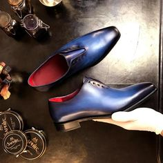 YING - Unique Handcrafted Whole cut Oxford Dress Shoe w/ blue and black handpainted Patina
