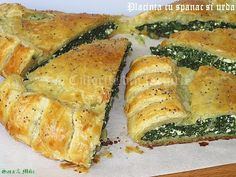 Spanakopita, Zucchini, Vegetables, Ethnic Recipes, Food, Vegetable Recipes, Eten, Veggie Food, Meals