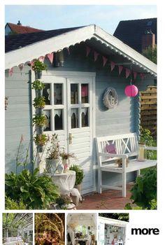 Gartenhütte rooms outdoor she sheds Diy Garden, Summer Garden, Home And Garden, Balcony Plants, Balcony Bar, Shabby Chic Garden, Flower Garden Design, She Sheds, Beautiful Flowers Garden