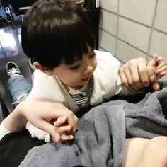 Been getting along so well with this cutie and his daddy holds a You can find South korean food and more on ou. Cute Mixed Babies, Cute Asian Babies, Korean Babies, Asian Kids, Cute Babies, Cute Baby Boy, Cute Little Baby, Little Babies, Cute Boys