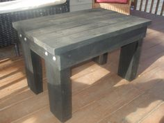 Pallet Coffee Table for the Deck
