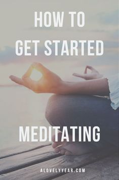 Want to get started meditating? Find out how mindfulness meditation is simple and achievable, with lots of added benefits Meditation For Anxiety, Mindfulness Meditation, Be Gentle With Yourself, Self Care Activities, Mindfulness Activities, Self Compassion, Self Care Routine, Mindful Living, Healthy Habits