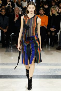 Sacai Spring 2016 Ready-to-Wear Fashion Show - Alicja Tubilewicz (IMG)