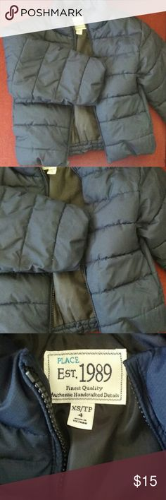 CHILDREN'S PLACE Boy's Puffer Coat XS 4 Excellent condition, no real signs of wear, very clean, no issues at all! Navy blue, nice and warm! Size 4 for little boys. Children's Place Jackets & Coats Puffers