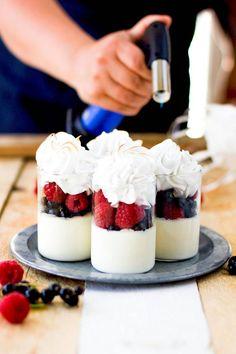 Mini Desserts, Cheesecake, Recipes, Babyshower, Food Ideas, Cheesecakes, Baby Shower, Ripped Recipes